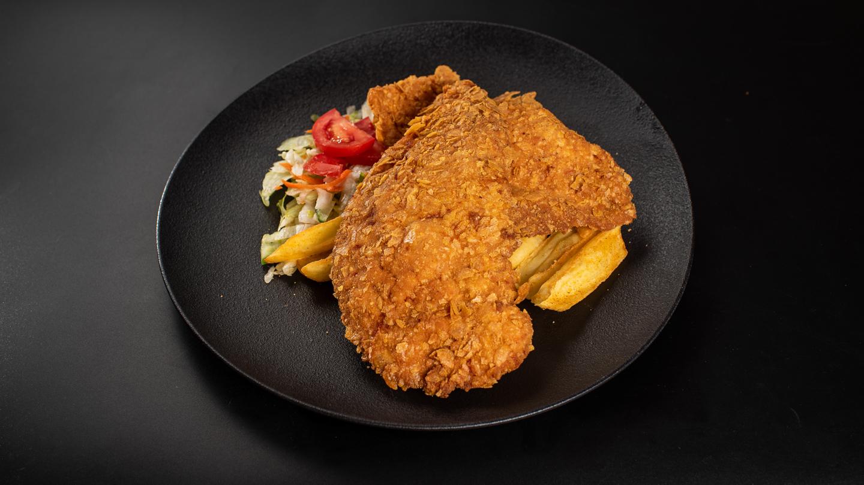 Cornflakes bundába rántott csirkemell , csónakburgonyával